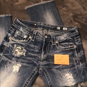 Miss Me cropped jeans!